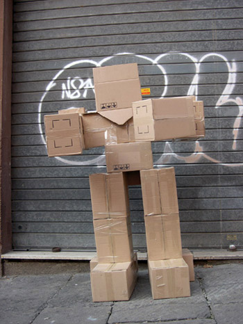 fupete_irobo_2004_cardboard02