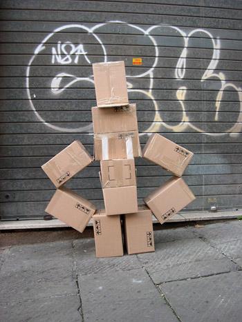 fupete_irobo_2004_cardboard03