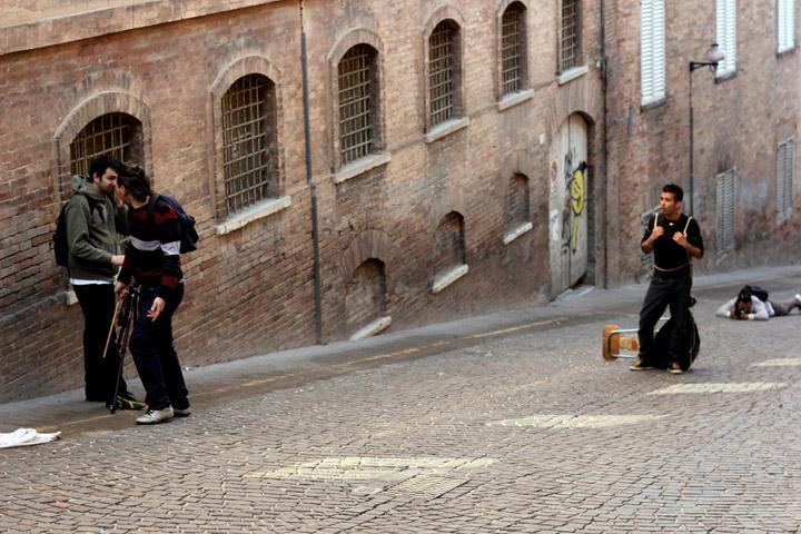 Fupete_Krisis-Legami_Urbino2012_01