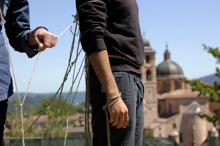 Fupete_Krisis-Legami_Urbino2012_05