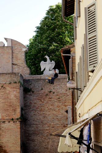 Fupete_Krisis-Legami_Urbino2012_10